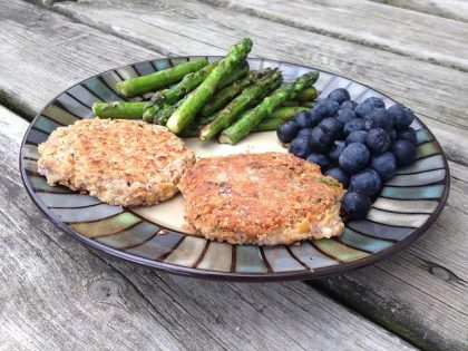 vegetarian chickpeas and brown rice burgers